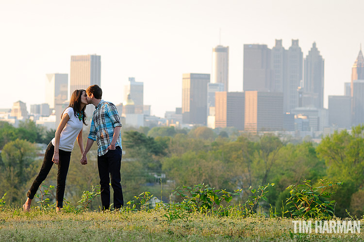 Atlanta engagement pictures with skyline view