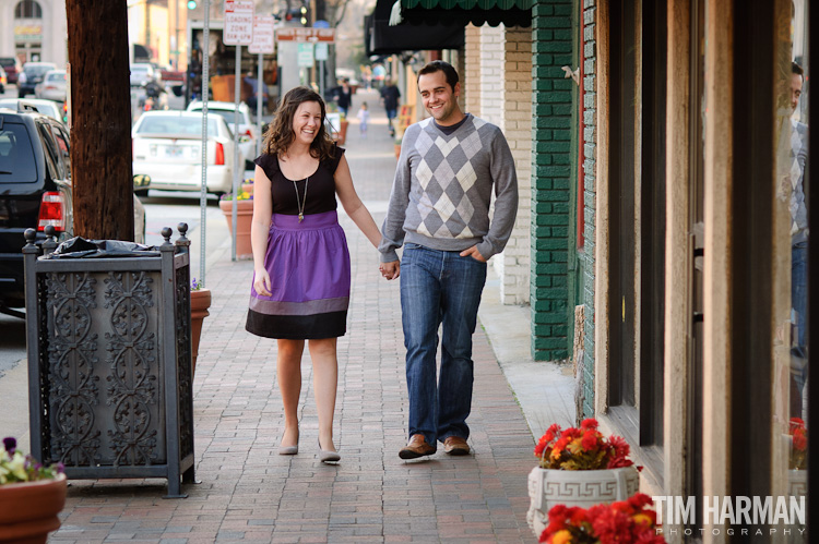 Engagement Shoot Pictures in the Marietta Square